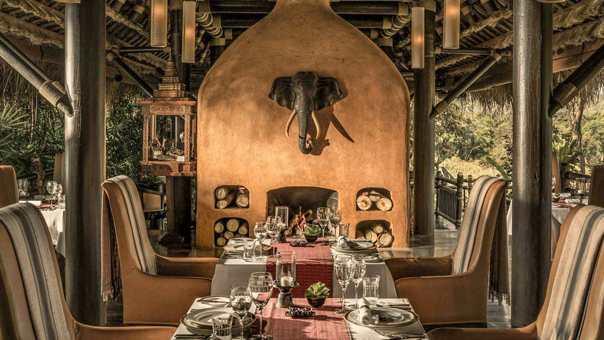 restaurant-four seasons tented camp golden triangle thailand