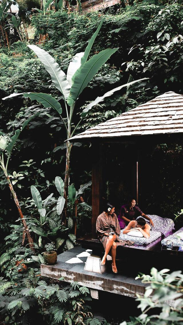 outdoor spa-hanging garden of bali