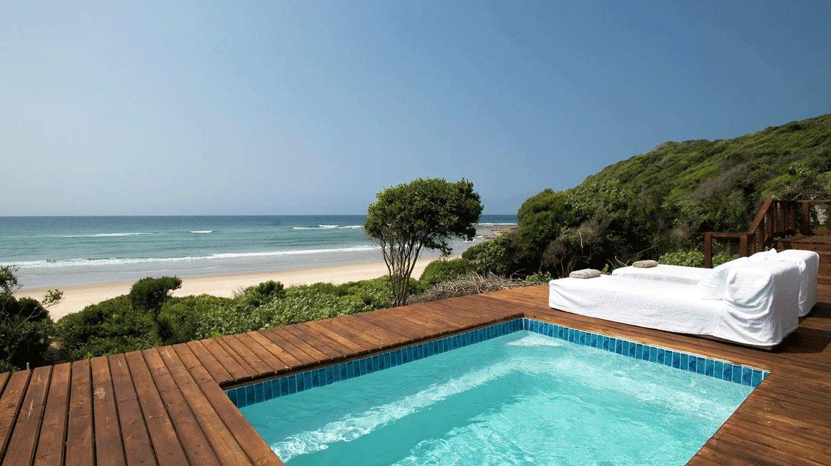 The-10-best-luxury-surf-hotels-&-resorts