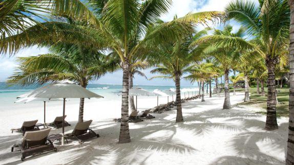 hotels in heaven residence mauritius beach ocean private white sand sunshade deckchair palm tree beautiful beach sea
