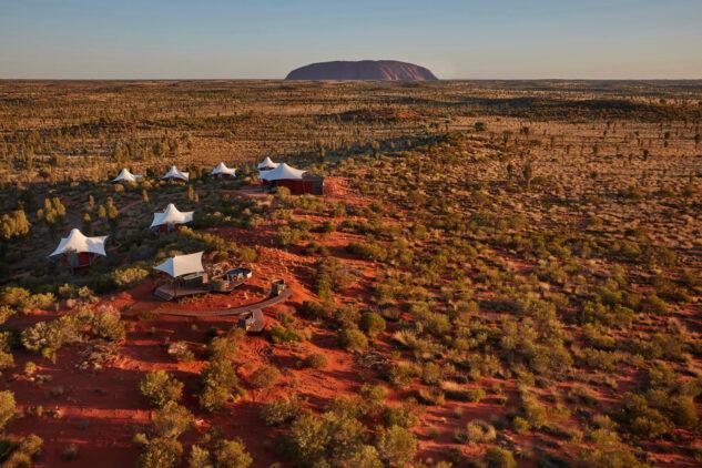 aerial hotel-longitude 131° australia