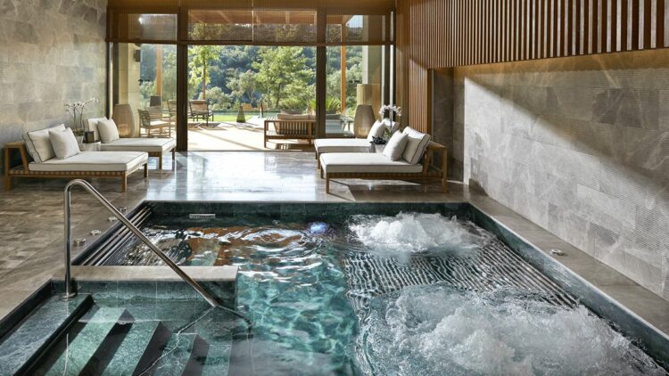 indoor whirlpool-mandarin oriental bodrum