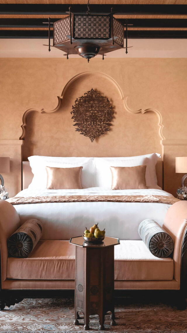 bedroom suite-qasr al sarab uae