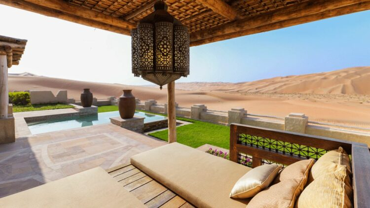 qasr-al-sarab-uae-garden-pool-villa