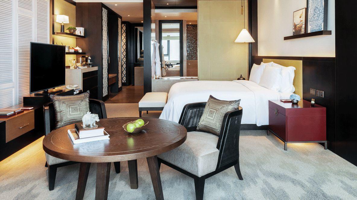rosewood-phnom-penh-cambodia-bedroom-suite