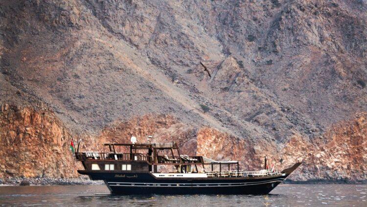 six-senses-zighy-bay-oman-boat