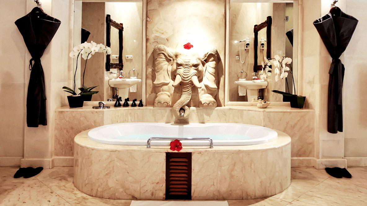 huge bathroom hotel-viceroy bali