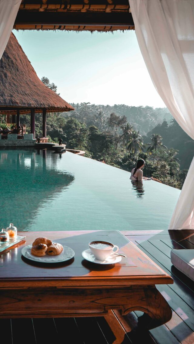 breakfast at the pool-viceroy bali