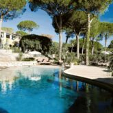 villa-marie-saint-tropez-pool-outdoor