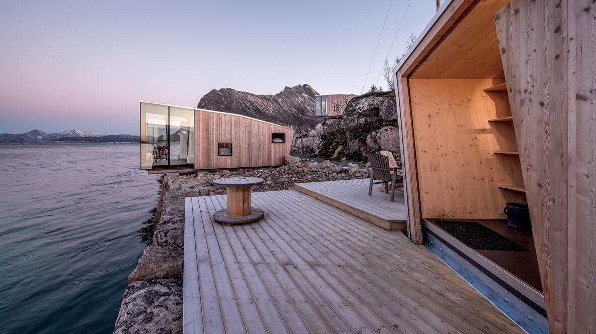 terrace bungalow views-manshausen island resort