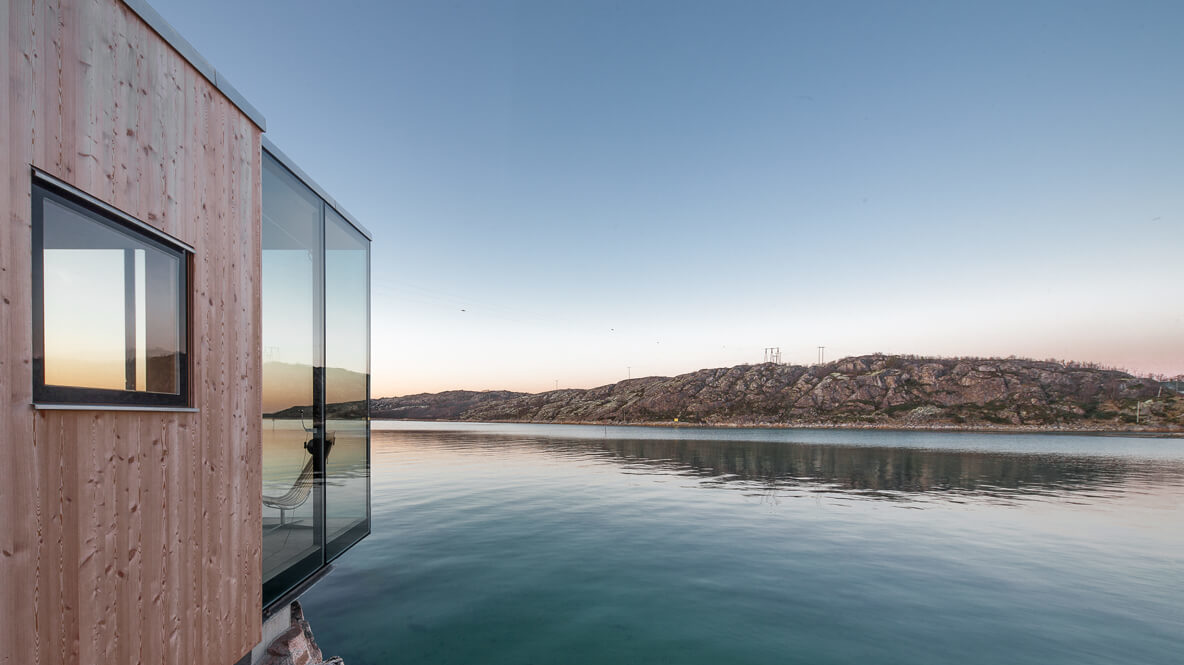 stunning views hotel lake-manshausen island resort
