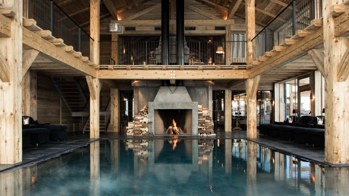 rustical luxury indoor pool-san luis dolomites