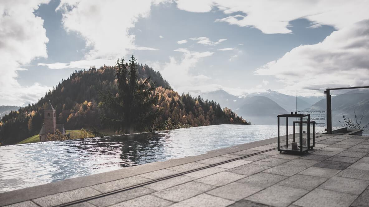 infinity pool with mountain view-miramonti italy