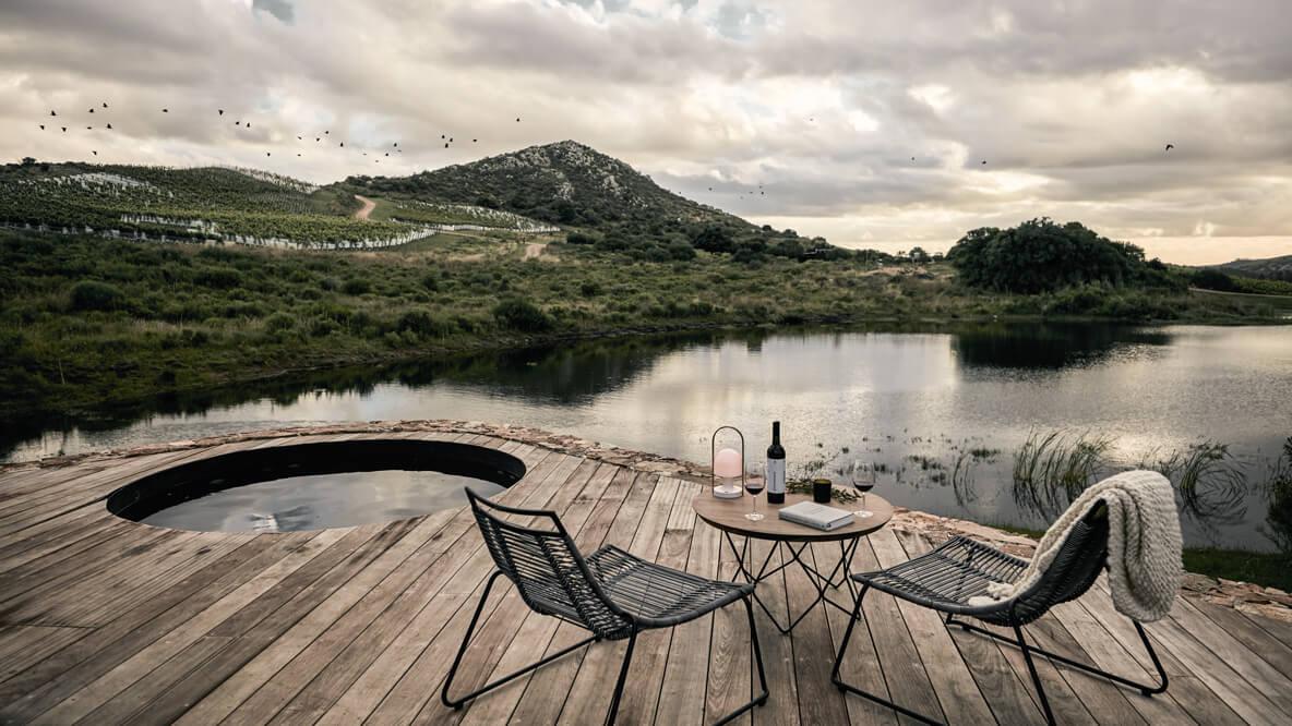 terrace bungalow-sacromonte landscape hotel uruguay