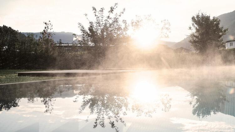 wiesergut-austria-hotel-pool-landscape