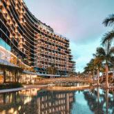 facade hotel-savoy palace madeira