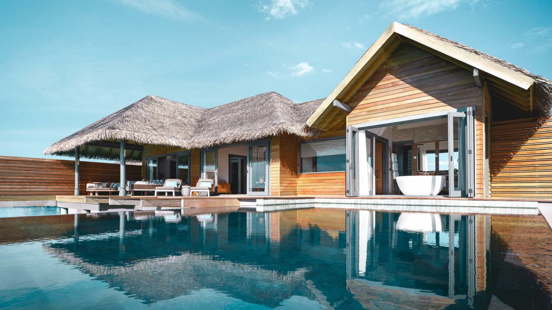 infinity pool maldives-vakkaru island maldives