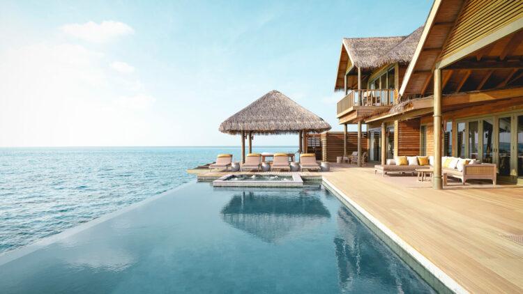 vakkaru-island-maldives-infinity-pool