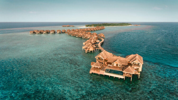 vakkaru island maldives-overview-watervillas