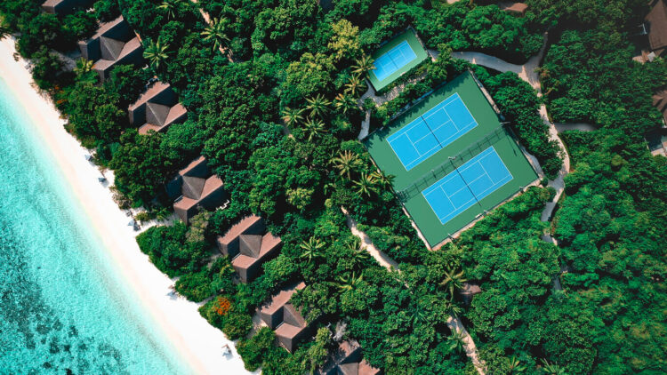 vakkaru-island-maldives-tennis-court