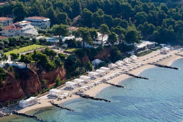 Danai-Beach-Resort-&-Villas_Beach-Overview