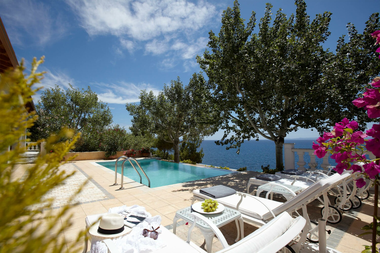 Danai-Beach-Resort-&-Villas_Pool