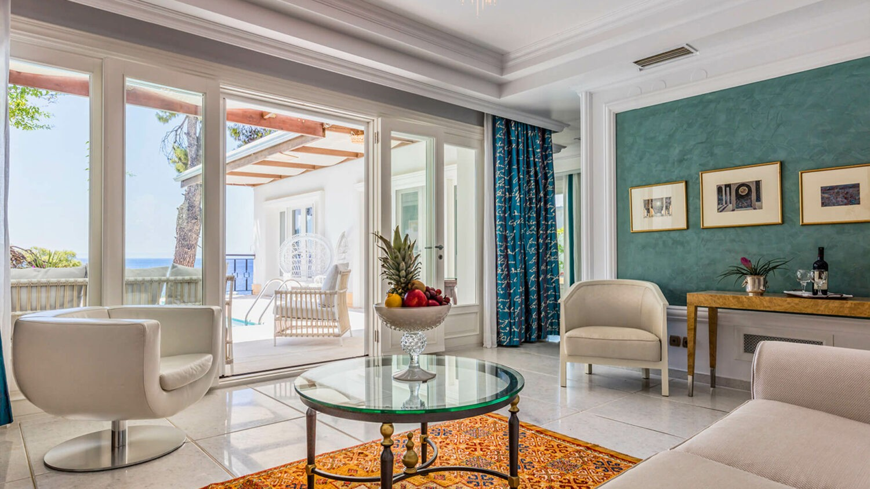 Danai-Beach-Resort-&-Villas_Villa-Interior