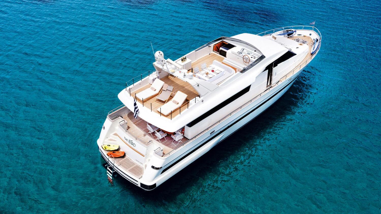 Danai-Beach-Resort-&-Villas_Yacht