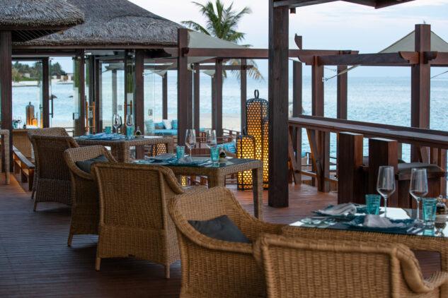 fenesse restaurant-jumeirah vittaveli maldives