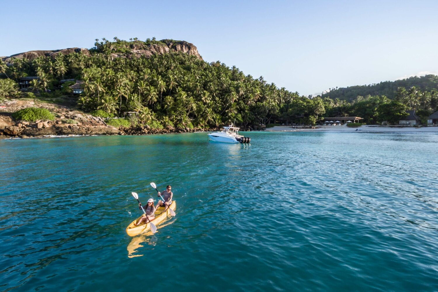 sea kayaking-north island seychelles