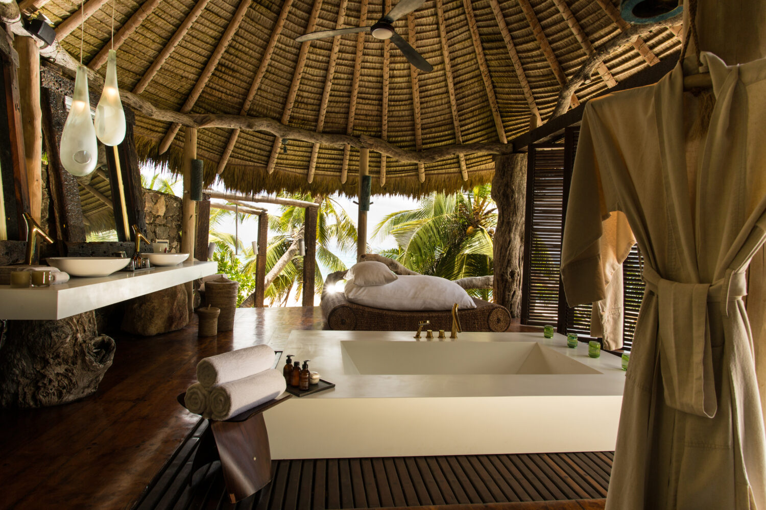 huge luxurious outdoor bathroom-north island seychelles