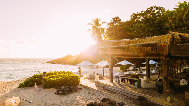best beach restaurant-north island seychelles