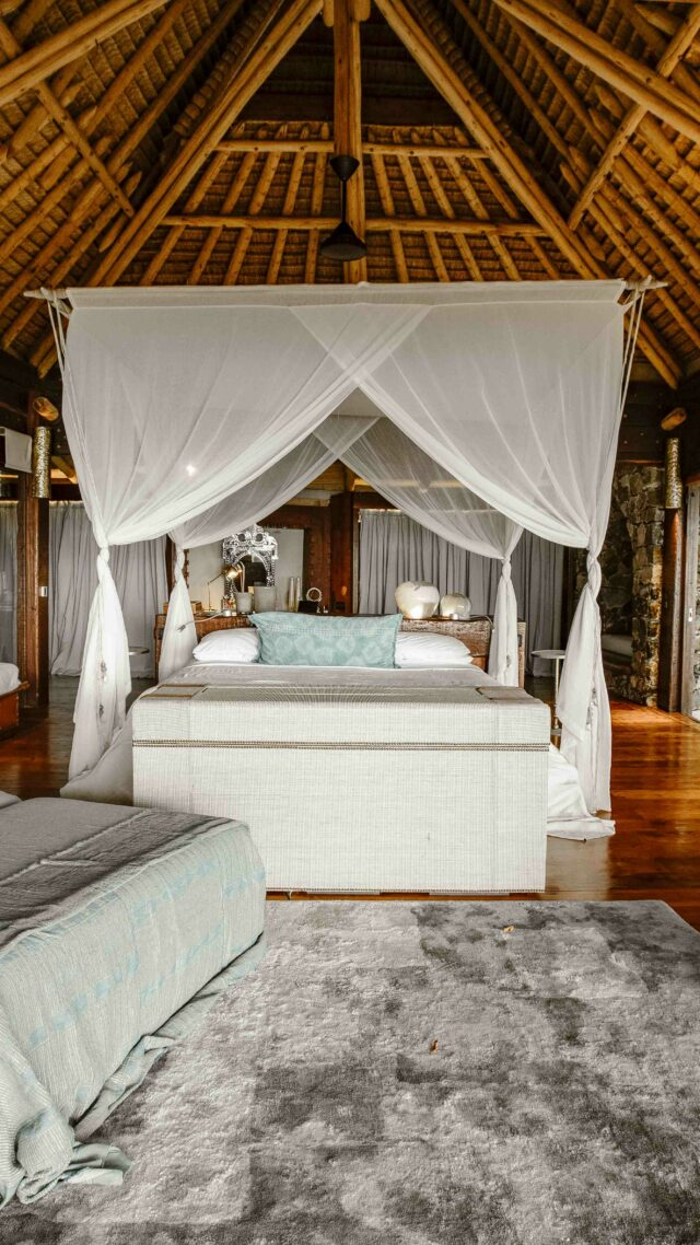 amazing bedroom villa-north island seychelles
