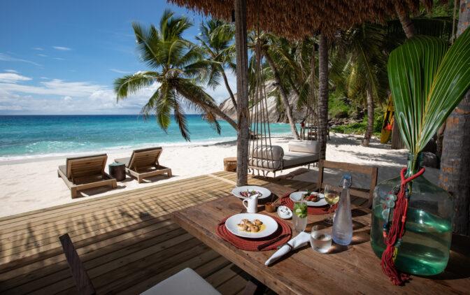 north-island-seychelles-lunch