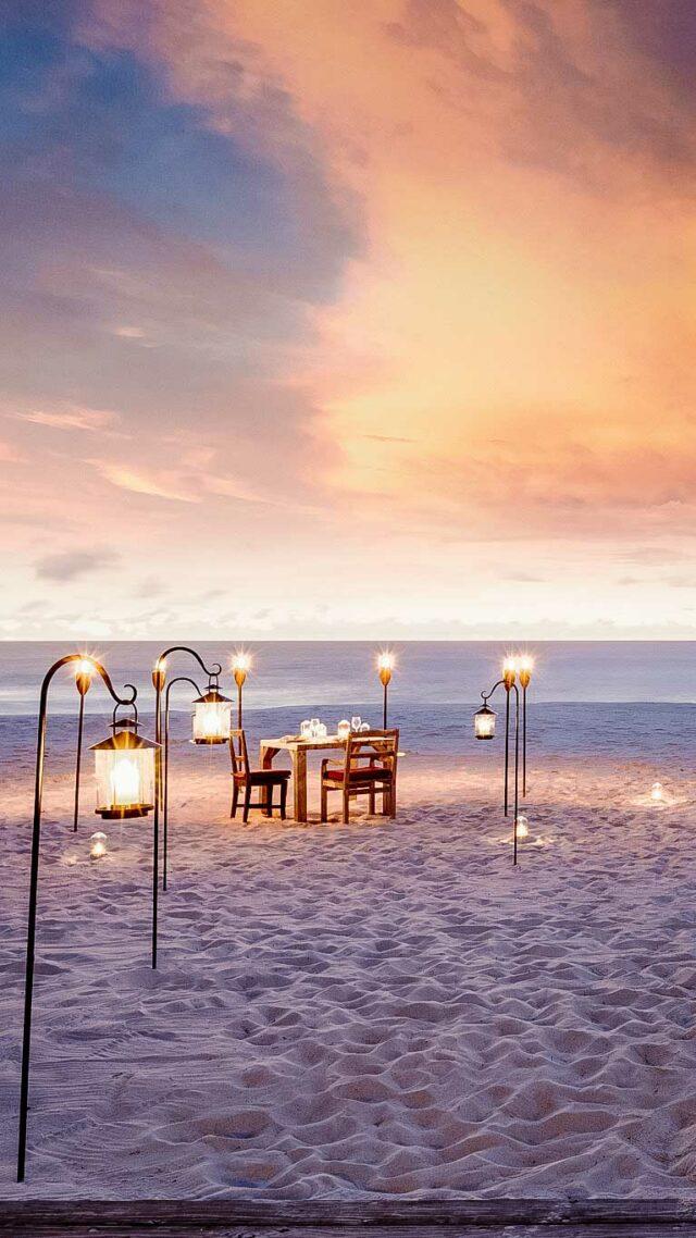 romantic dinner location beach-north island seychelles