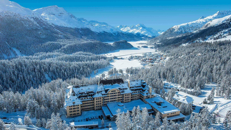 suvretta-house-overview-hotel-winter