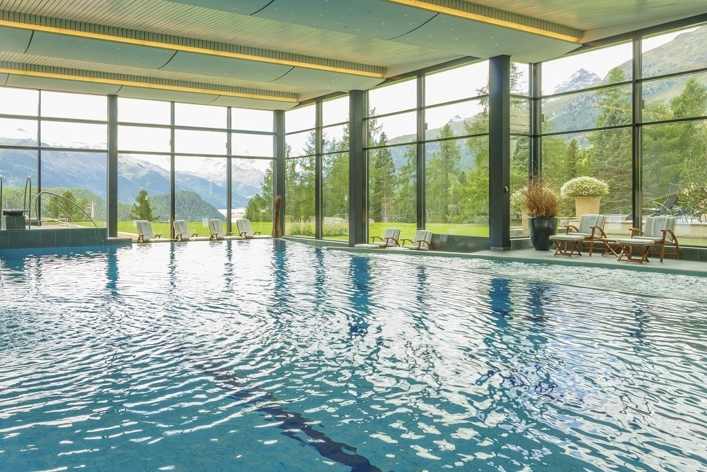 suvretta-house-swimming-pool