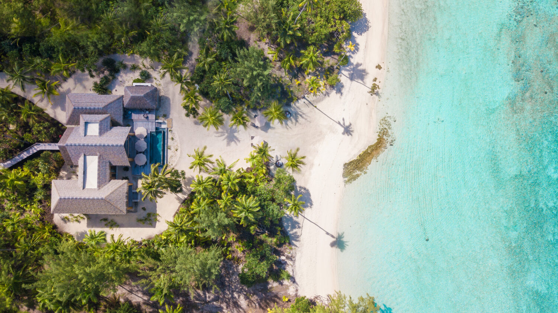 luxurious beach villa-the brando