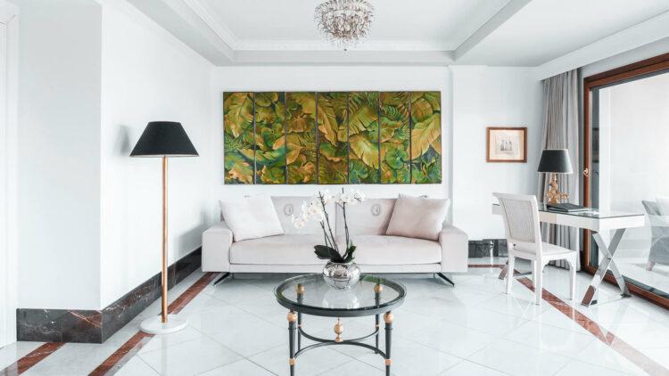 the-danai-beach-resort-greece-livingroom