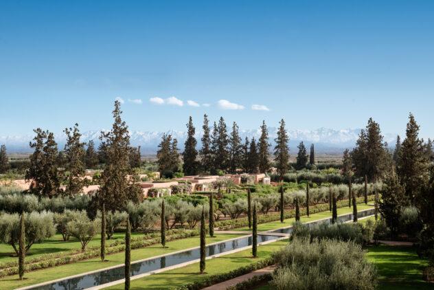 the-oberoi-marrakech-property-garden