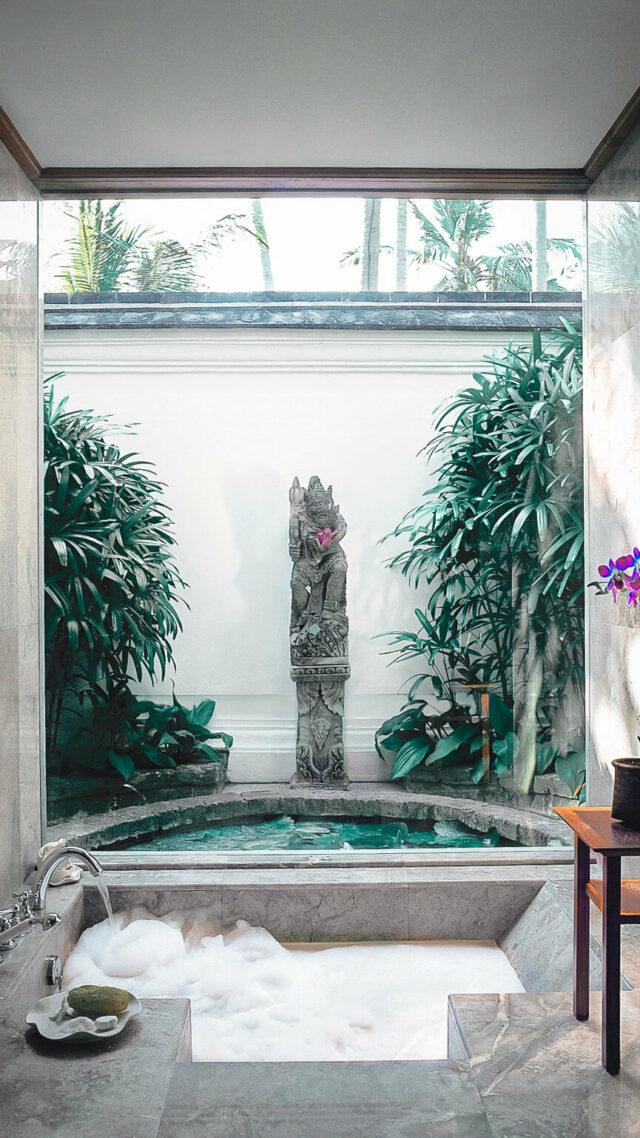 private outdoor bathtub seminyak-the oberoi beach resort bali
