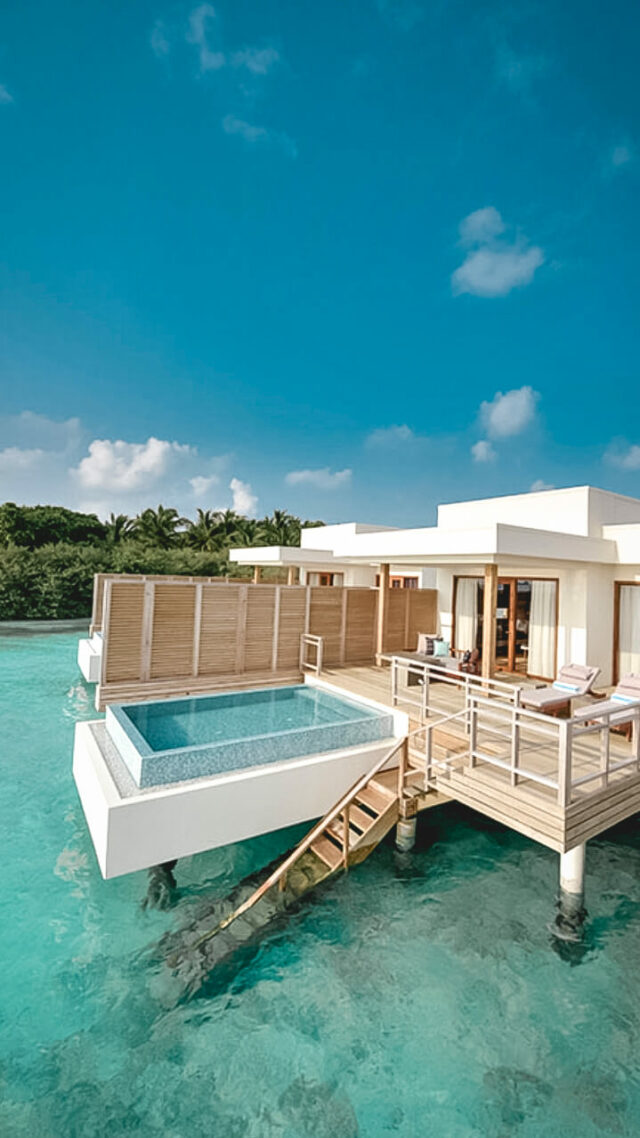 villa with infinity pool-dhigali maldives