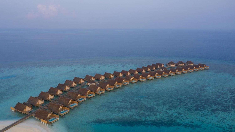 overwater villas-faarufushi maldives