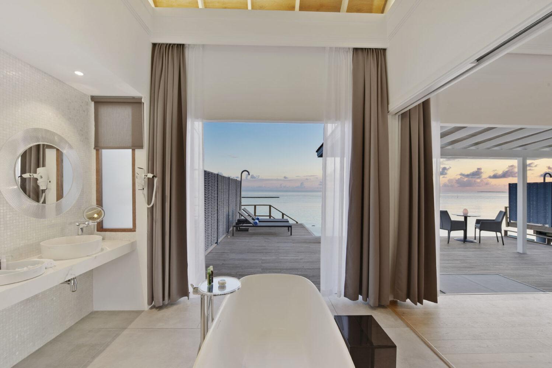modern bathroom-kuramathi maldives