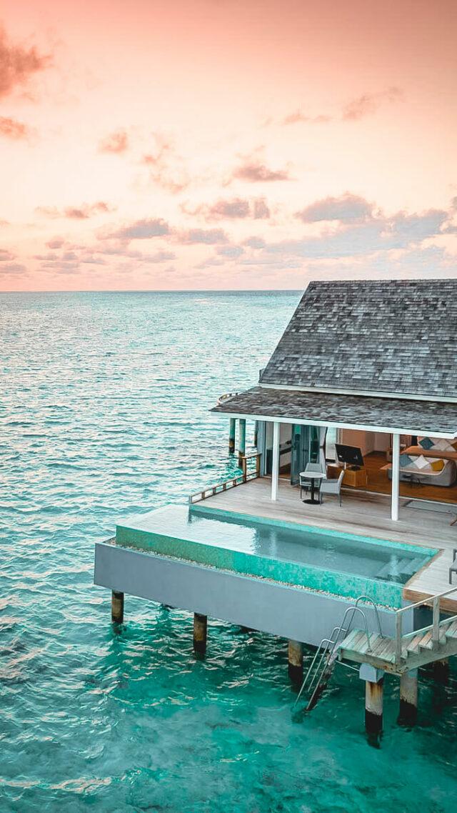 kuramathi maldives-overwater villa