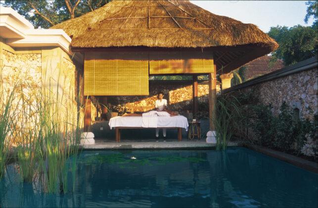 the-oberoi-beach-resort-bali-treatment-room