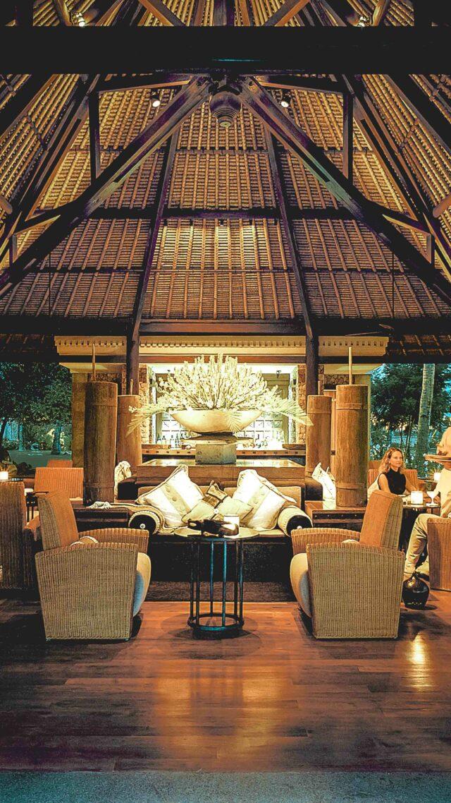 beach restaurant-the oberoi beach resort lombok
