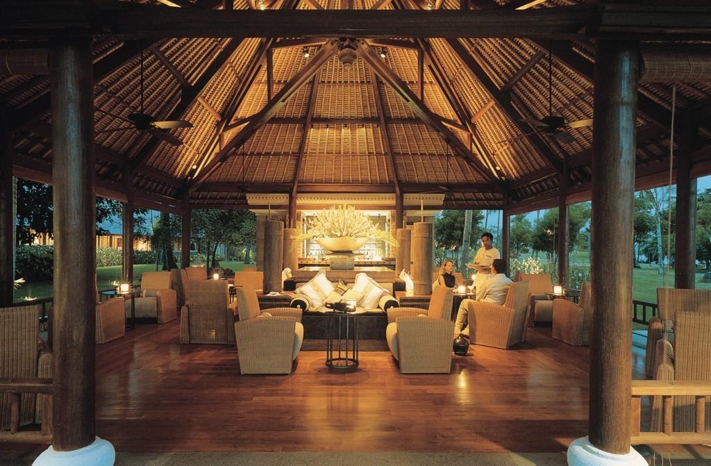 the-oberoi-beach-resort-lombok-restaurant