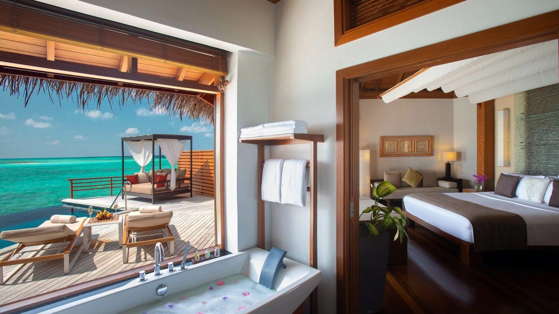 bathroom view-baros maldives