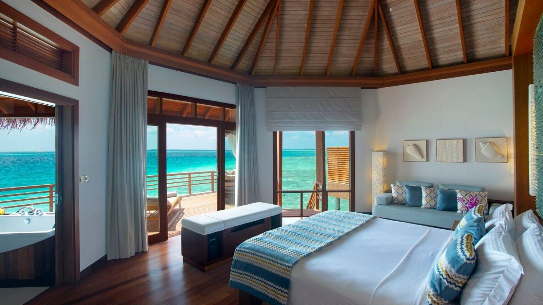 bedroom ocean view-baros maldives
